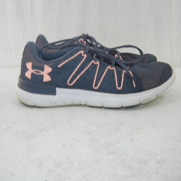 best sneakers da0e6 561b0 Under Armour Thrill 3 women's sneakers size 10